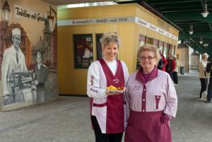 Dagmar Konnopke und Waltraut Ziervogel