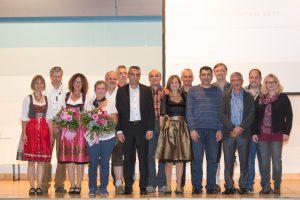 Creaton ehrt Mitarbeiter in Wertingen und Roggden