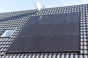 Dach+Holz 2020: Creaton präsentiert PV-Anlage
